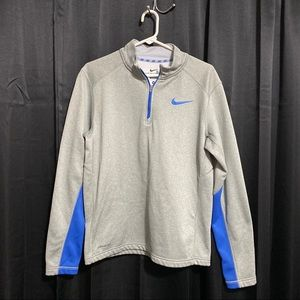 Nike therma fit pull over